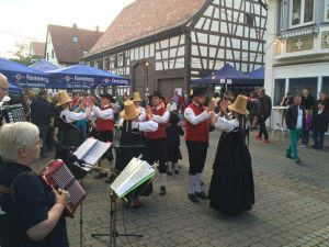 trachtengruppe-schwenningen-kulturnacht-2016_35