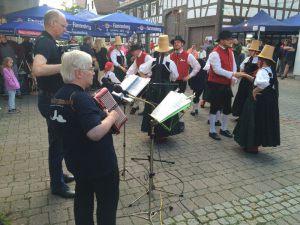 trachtengruppe-schwenningen-kulturnacht-2016_37