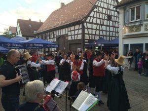trachtengruppe-schwenningen-kulturnacht-2016_38